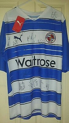 Reading signed home shirt 2010/2011