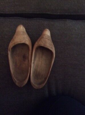 Pair of Vintage Dutch Holland Wooden Clogs Shoes Hand Carved