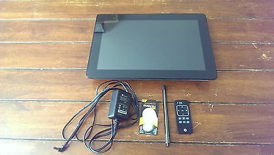"HP DreamScreen 130 Remote WiFi 13"" Screen SD Card Wireless Digital Picture Frame"