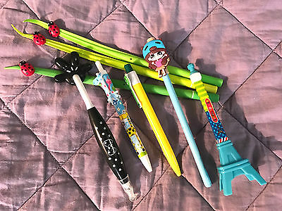 Lot of 8  Pens, Ink, Ball Point, Plastic, Retractable.