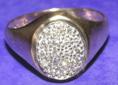 BEAUTIFUL  SECONDHAND  9ct YELLOW GOLD 0.25ct DIAMONDS  OVAL SIGNET RING SIZE V