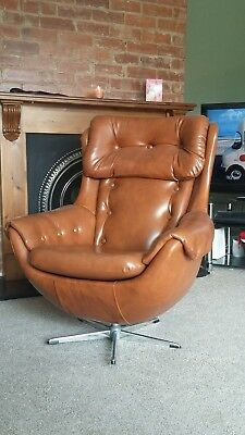 Mid century vintage retro 1960s 1970s egg chair / armchair leatherette