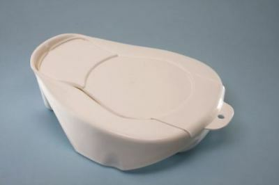 Spa Hospital Bedpan With Lid, Britsh Standard, White, 355x308x108mm