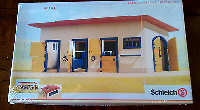 Schleich Horse Stable 40164 - NEW in Original Sealed Package