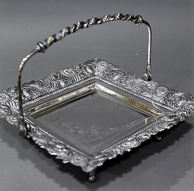 VINTAGE SILVER DERBY SILVER CO. Quadruple Plated Footed Server Basket