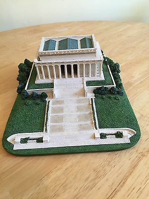 Danbury Mint The Lincoln Memorial Sculpture US Capitol Collection DC