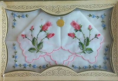 Vintage lot of 2 Handkerchiefs Embroidered Flowers- Roses - Switzerland