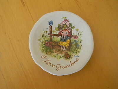 "C.M. Paula Co. ""I Love Grandma"" 2 3/4 inch Collector Plate"