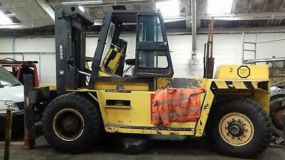 25 ton deisel boss forklift finance avalible or rent weekly or daily uk cover