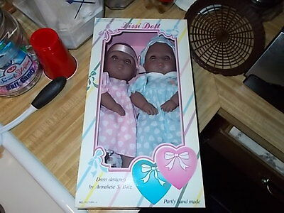 "NIB 14"" Tall "" Two Hearts"" LISSI  Vinyl Doll Collection AFRICAN AMERICAN TWINS"