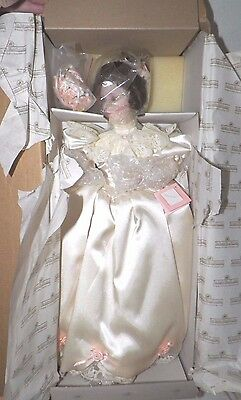 ASHTON DRAKE ELIZABETH 1900's WEDDING DRESS BRIDE DOLL NIB COA