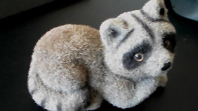 "Adorable vintage FLOCKED FUZZY Raccoon Figurine- Made In Hong Kong, 4.5"" x 3"""