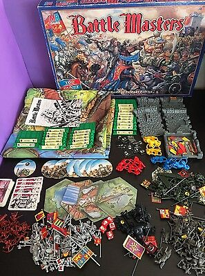 MB 1992 - Warhammer - BATTLE MASTERS - Fantasy Board Game