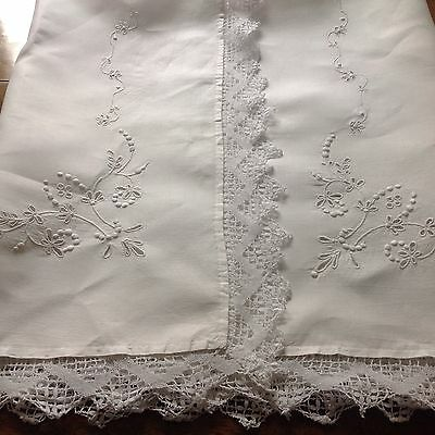 Completely Hand Made White On White Raised Embroidery Lace & Cut Work Cloth
