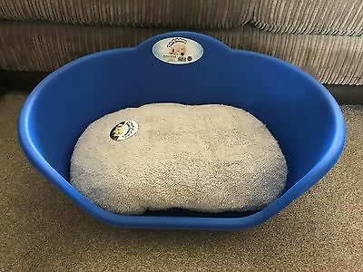 Large Blue Plastic Pet Bed Cat Dog Basket Luxury Grey Fleece Washable Cushion