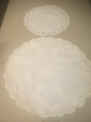 2 Vintage White on White Hand Embroidered Doilies Cutwork Daisies Butterfly M2