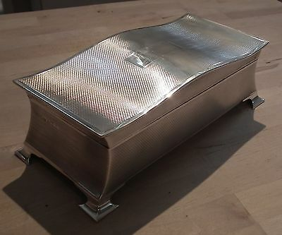 Stunning Huge Art Deco Period Solid Silver Cigarette Box - W.hutton & Son 1931