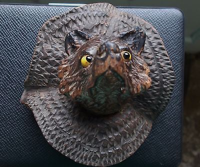 BLACK FOREST BEAR rare  wall hanging fine carving