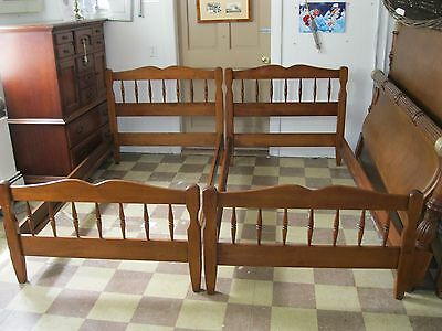 Maple Twin Beds /Rock Maple Randolph House, Vermont - #00187