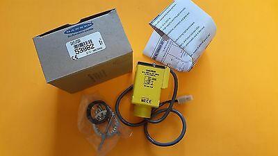 Banner Engineering Photoelectric Sensor     Q45Vr3R      53982     New In Box