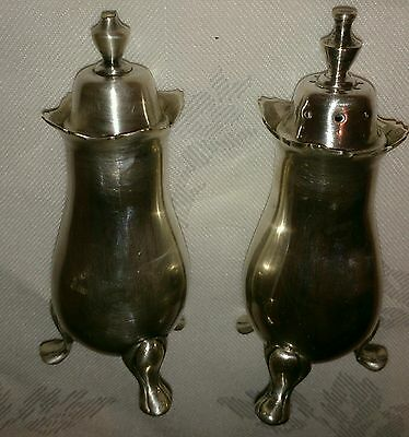 Vintage silver plated salt and pepper pot set  by Viners in good vintage cond