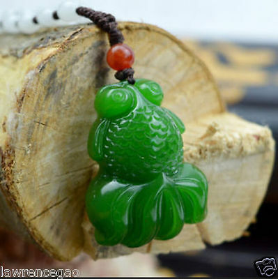 Chinese Fine carved natural jade pendant Green goldfish