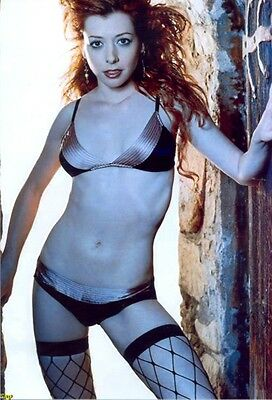 Alyson Hannigan - In Panty And Bra And Fishnet Stockings !!!