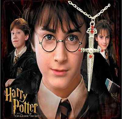 NEW Harry Potter Sword of Gryffindor Boys/Girls Necklace - Perfect Gift
