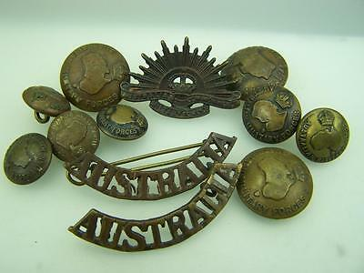 Australian Military Forces Rising Sun, shoulder titles and uniform buttons  2170