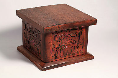 VTG Signed NW Coast First Nations Canada Bent Wood Box Kwakiutl Artist C. Webber