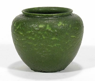 Grueby Pottery plain matte green jardiniere form vase Arts & Crafts Boston