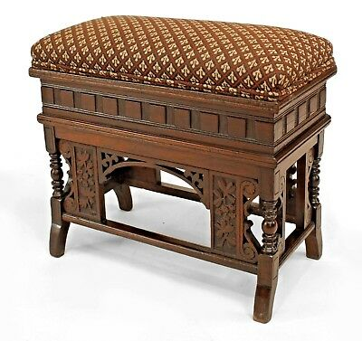 English Victorian rectangular mahogany bench with spindle sides, stretcher, and