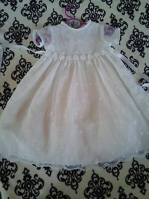 STUNNING BABY GIRL WHITE LACE CHRISTENING  BAPTISM GOWN CHURCH DRESS 6/9 months