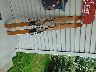 vintage/wooden skis   48  long      chalet decor  very   nice   # 4795
