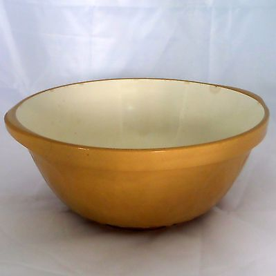 Vintage TG Green Gripstand Yellow Ware Mixing Bowl Made in England 10""