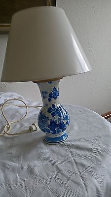 Alte Delfter Lampe