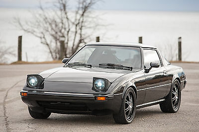 Mazda: RX-7 Series 2 1982 Mazda RX7 - Amazing Condition - Safety Certified - Financing Available!