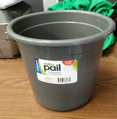 easy pack utility pail 2.4 gallons