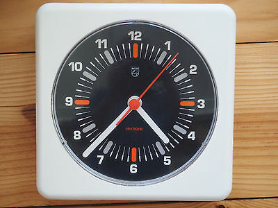 PHILIPS WALL CLOCK HR 5470 Original Vintage Wanduhr Panton-Ära
