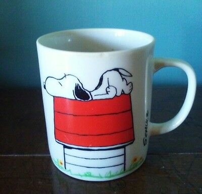 Mug Snoopy Peanuts Vintage Coffee I THINK I'M ALLERGIC TO MORNING Small Crack