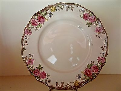 Royal Doulton English Rose D6071 Dinner Plate Excellent Condition 6 Available