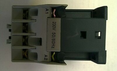 AC CONTACTOR 4kW 230VAC COIL 3 POLE + 1 N/O CONTACT CGS HC7-09/10