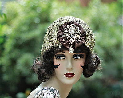 1920s Vintage Style Cloche Flapper Party Wedding Hat Rhinestones  Gold Lace