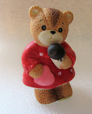 Lucy & Me ~ Eating Ice Cream Cone ~ Teddy Bear Porcelain Figurine