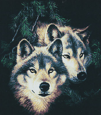 Two Wolves (1) 14CT counted cross stitch kit, 53cm x 46cm fabric. CSK0239