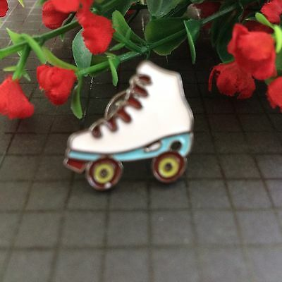 Roller skate Badge / Brooch Retro Vintage Rockabilly  Enamel Pin/Lapel/70's