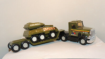 Buddy L Army Truck Trailer and Tank T-605 over 12 inches long (12640)