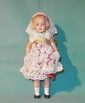 Massepuppe in sorb. Tracht 17 cm/ composition doll in Slavic costume