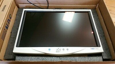 CONMED LINVATEC VP4726 HD Monitor w/Power Brick