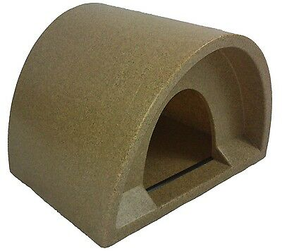 £39.99 Outdoor Cat Shelter / Kennel Cat House Plastic Cat Igloo Pod
